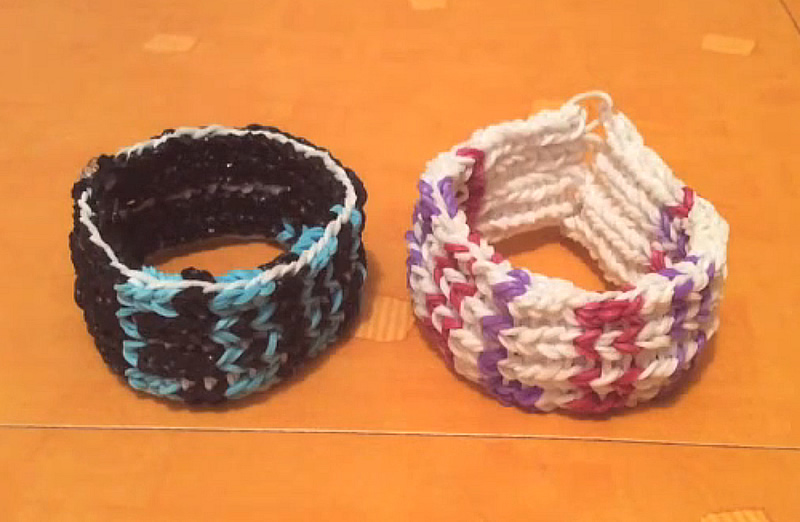 comment faire un bracelet en lastiques rainbow loom que pour les enfants. Black Bedroom Furniture Sets. Home Design Ideas